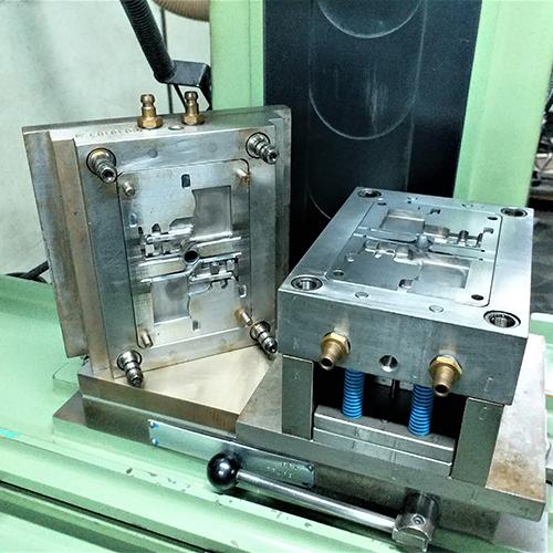 模具工廠+壓鑄模具+射出模具廠