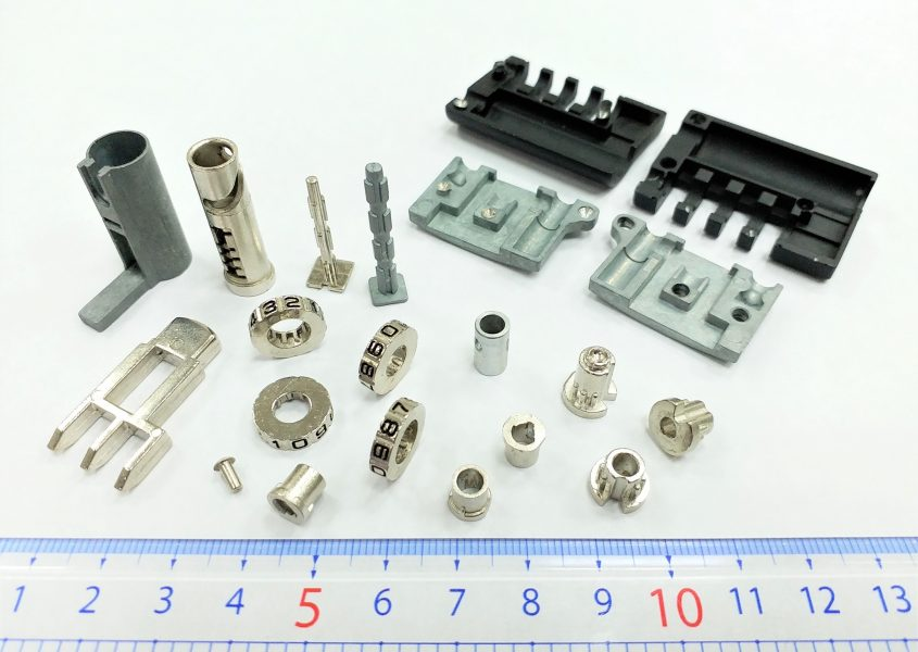 鋅合金壓鑄廠-密碼鎖零件